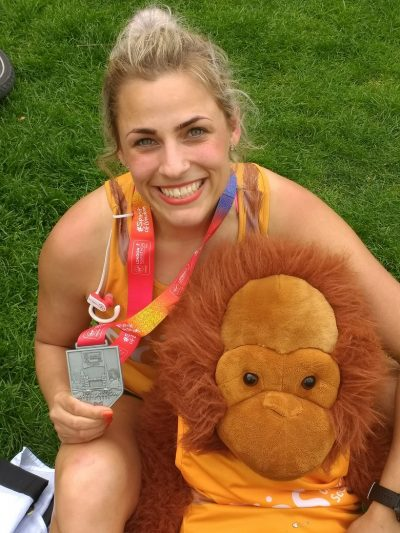 Woman and toy orangutan run the London marathon